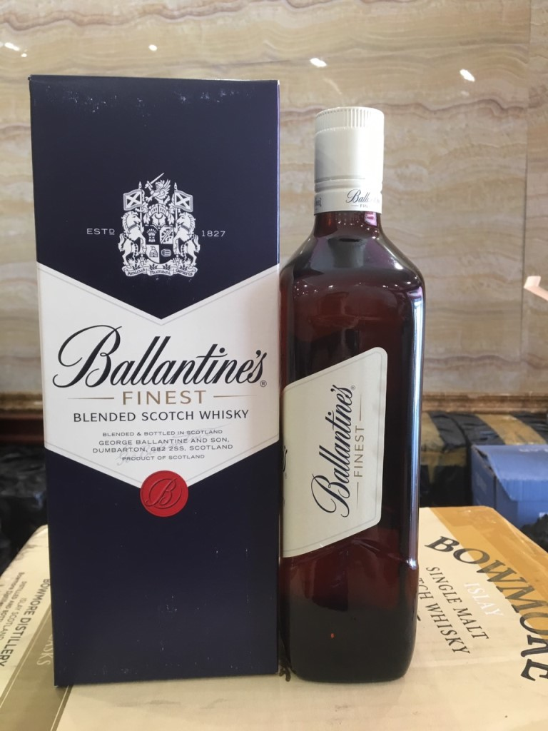 Ruou Ballantines Finest 5