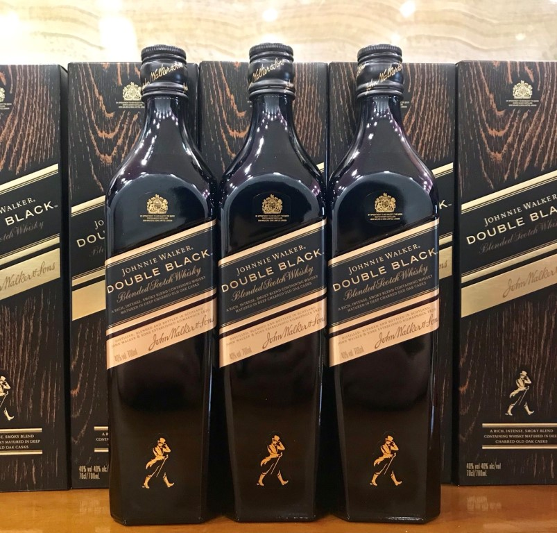 Ruou Johnnie Walker Double Black 700ml Nhat Ban 1