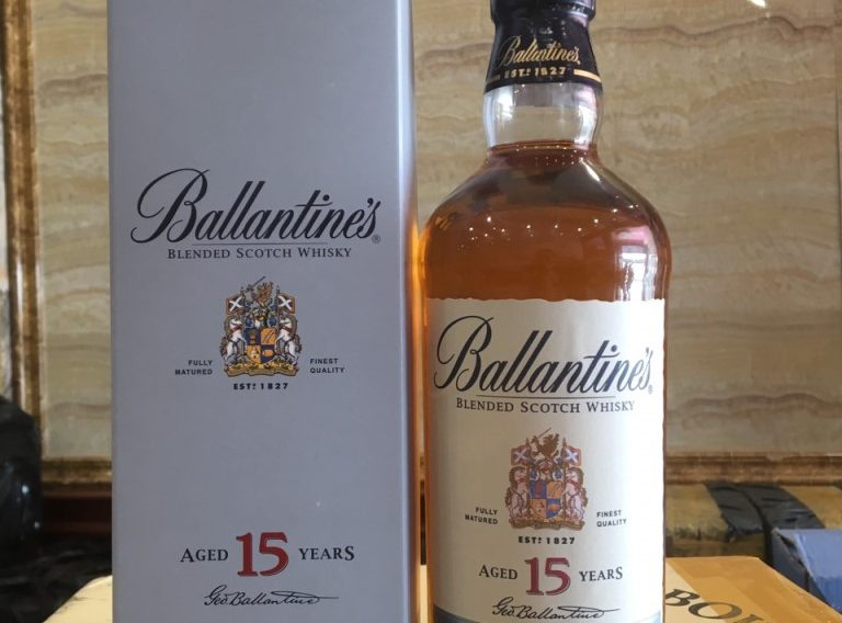 ruou Ballantines 15 5